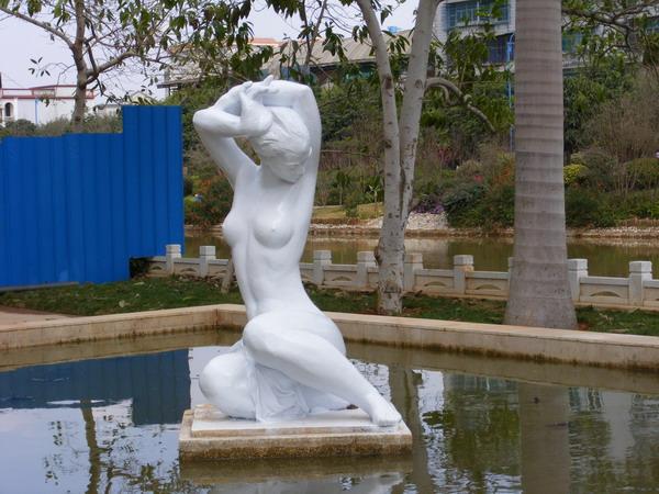 云南开远泸江公园雕塑制作工程
